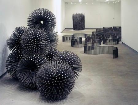 John-Bisbee-Sculptes-with-Nails-3-677x515