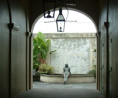 New Orleans I_Courtyard
