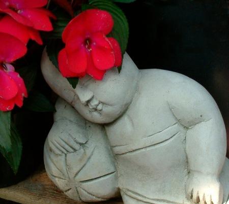 buddha sleeps